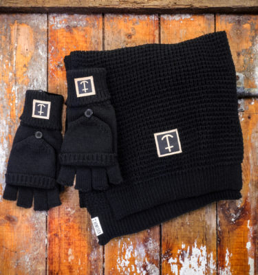 HomesickMerch_Winter_Set1_Schwarz_Anker