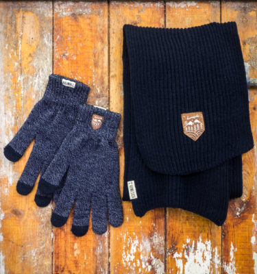 HomesickMerch_Winter_Set4_Navy_Wald